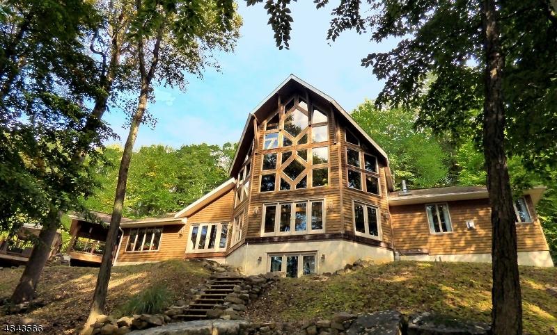 Property för Försäljning vid 135 Harmony Brass Castle Washington, New Jersey 07882 Usa