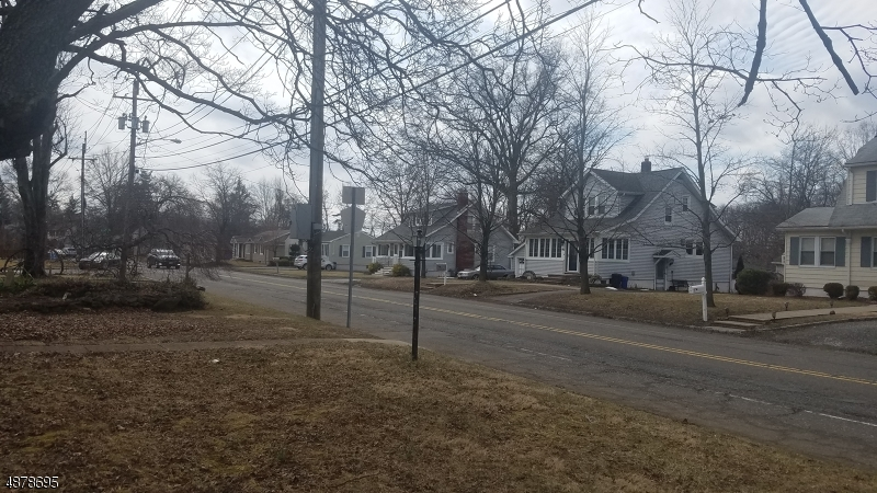 Additional photo for property listing at  Fairfield, New Jersey 07004 Stati Uniti