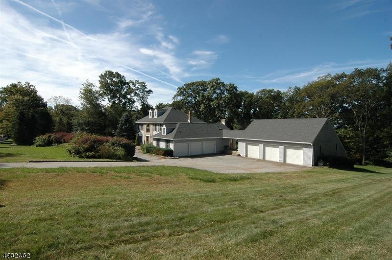 Single Family Homes 為 出售 在 Hardyston, 新澤西州 07460 美國