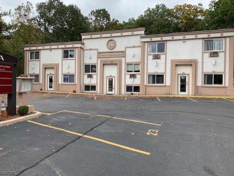 Property por un Alquiler en Byram Township, Nueva Jersey 07874 Estados Unidos