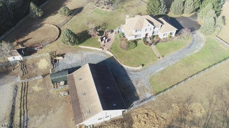 Single Family Homes para Venda às Blairstown, Nova Jersey 07825 Estados Unidos