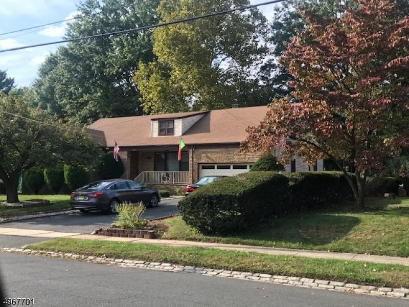 Single Family Homes por un Venta en Hillside, Nueva Jersey 07205 Estados Unidos