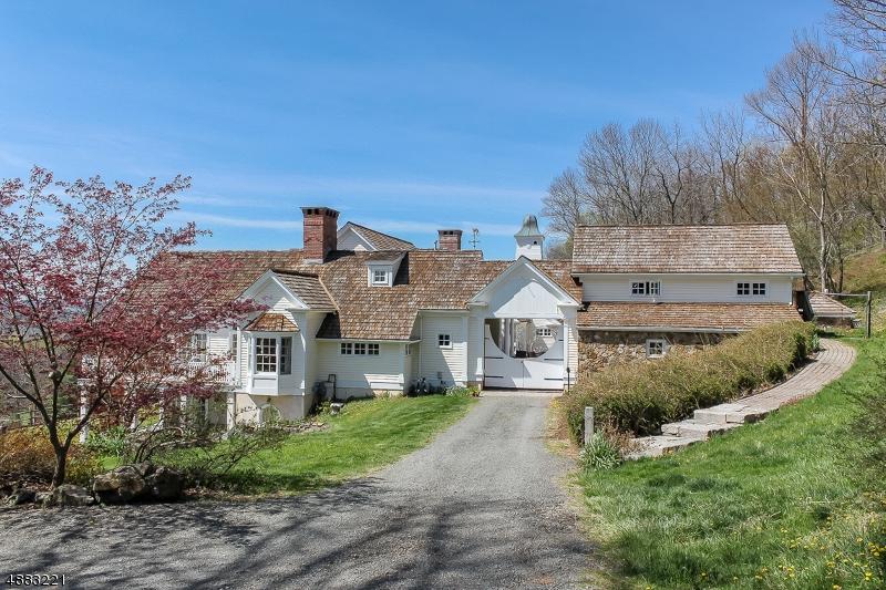 Single Family Homes vì Bán tại Tewksbury Township, New Jersey 07830 Hoa Kỳ