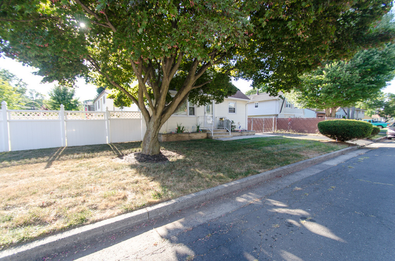 Additional photo for property listing at 1361-63 SLOANE BLVD  Plainfield, Nueva Jersey 07060 Estados Unidos