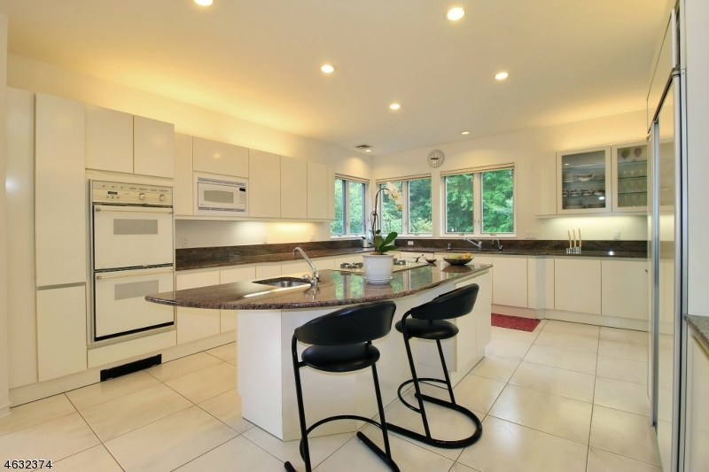 Additional photo for property listing at 713 High Woods Drive  Franklin Lakes, Nueva Jersey 07417 Estados Unidos