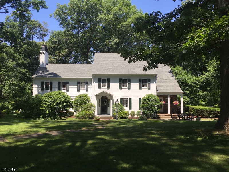 Additional photo for property listing at 81 OLDCHESTER Road  Essex Fells, Нью-Джерси 07021 Соединенные Штаты