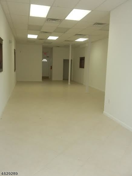 Additional photo for property listing at 715 Summer Street  Elizabeth, New Jersey 07202 United States