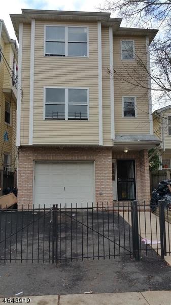 Многосемейный дом для того Продажа на 373 S 7th Street Newark, Нью-Джерси 07103 Соединенные Штаты