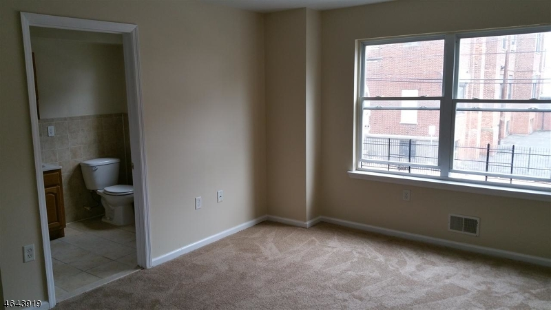 Additional photo for property listing at 373 S 7th Street  Newark, New Jersey 07103 United States