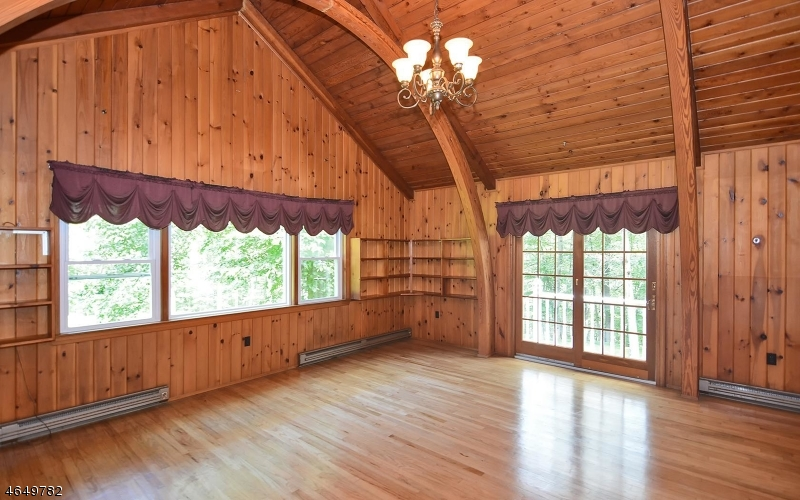 Additional photo for property listing at 349 Schooleys Mt Road  Washington, New Jersey 07840 États-Unis