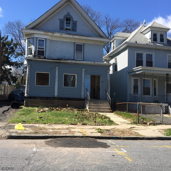 Single Family Home for Sale at 11 N 22nd Street East Orange, New Jersey 07017 United States