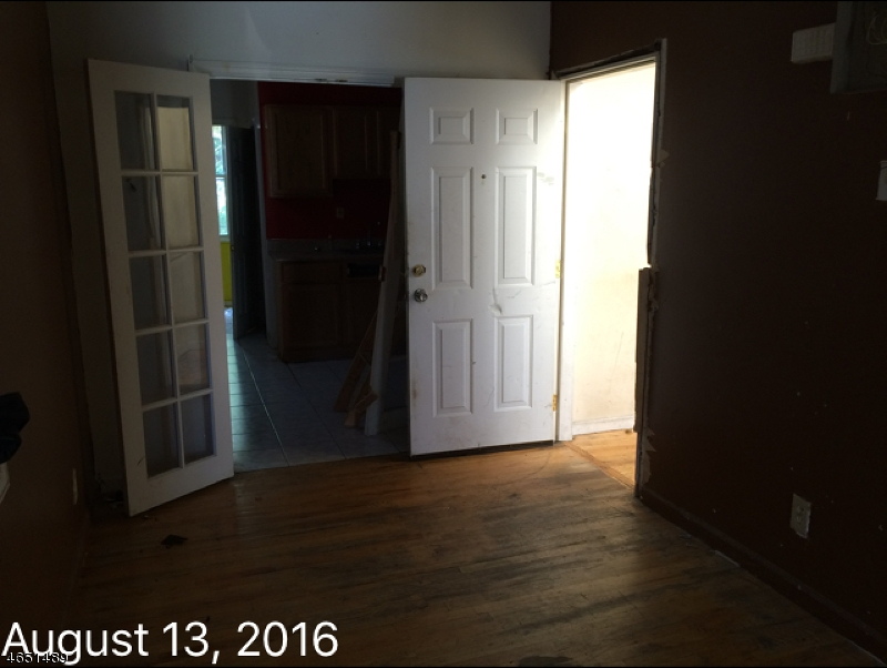 Additional photo for property listing at 318 16th Avenue  Newark, New Jersey 07103 United States