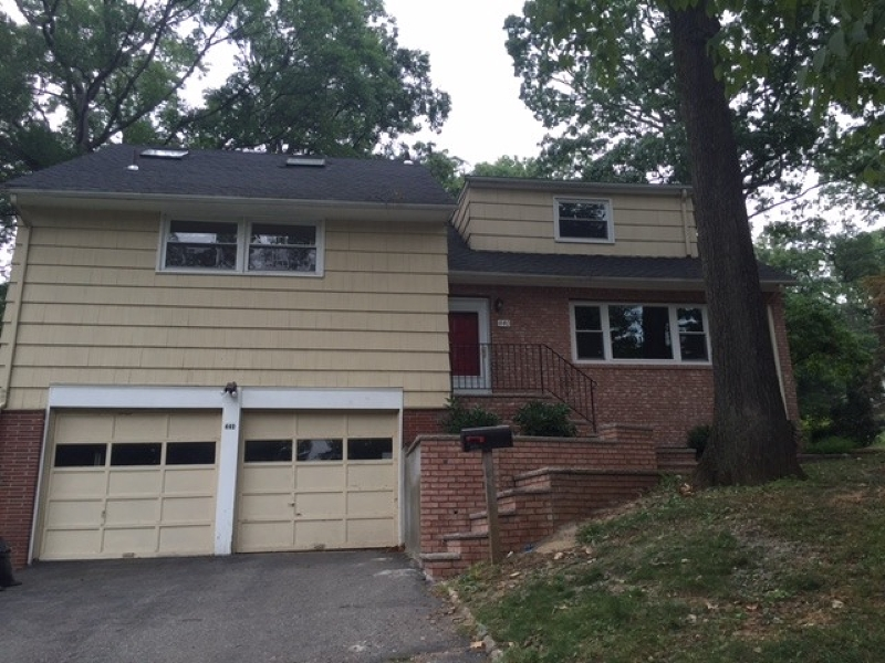 Single Family Home for Rent at 440 Timber Drive Berkeley Heights, New Jersey 07922 United States