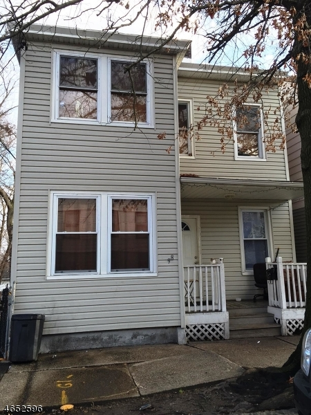 Additional photo for property listing at 98 Hopper Street  Paterson, Нью-Джерси 07522 Соединенные Штаты