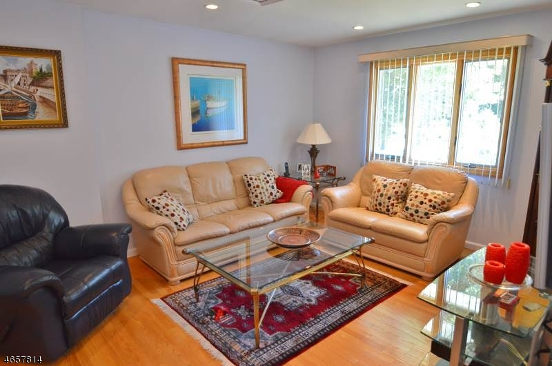 Additional photo for property listing at 46 Ridgedale Avenue  Florham Park, New Jersey 07932 United States