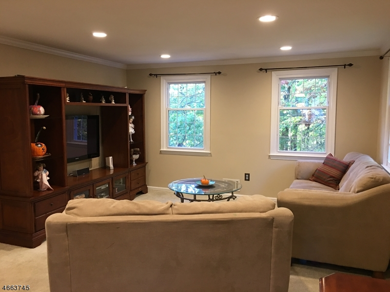 Additional photo for property listing at 79 Marsh Hawk  Hackettstown, New Jersey 07840 États-Unis