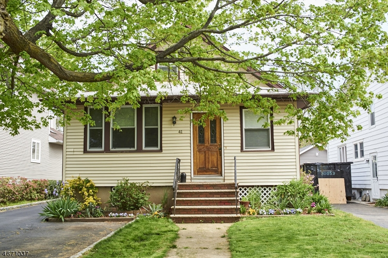 Casa Unifamiliar por un Alquiler en 41 Clinton Avenue Springfield, Nueva Jersey 07081 Estados Unidos
