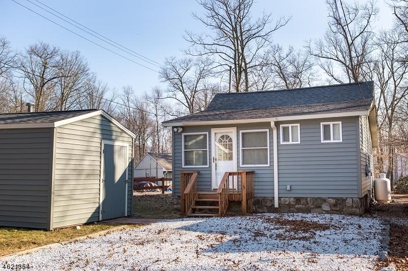 Single Family Home for Rent at 78 E Shore Lake Owassa Road Newton, New Jersey 07860 United States