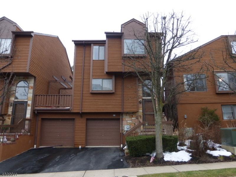 Casa Unifamiliar por un Alquiler en 15 Powderhorn Drive Rockaway, Nueva Jersey 07866 Estados Unidos