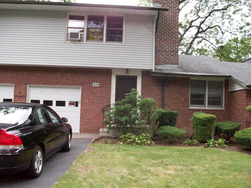 Single Family Home for Rent at 15-18 15-18 Abbott Road Fair Lawn, New Jersey 07410 United States