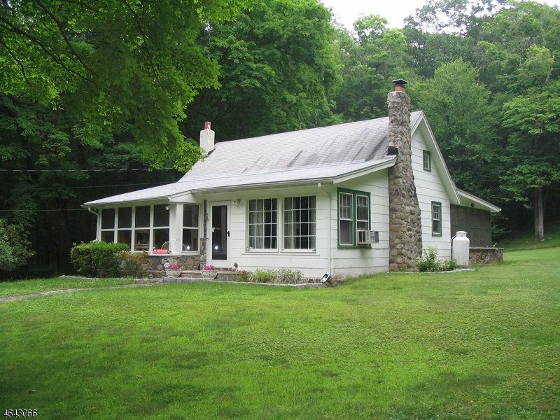 Maison unifamiliale pour l à louer à 860 Burnt Meadow Road West Milford, New Jersey 07421 États-Unis