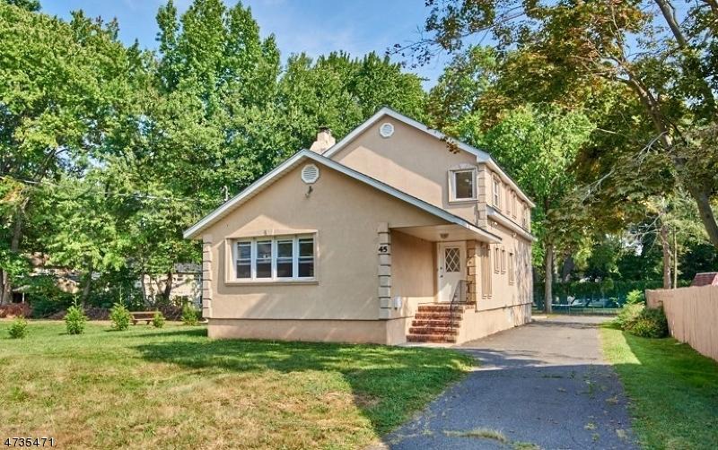 Частный односемейный дом для того Аренда на 45 Evergreen Avenue Springfield, Нью-Джерси 07081 Соединенные Штаты