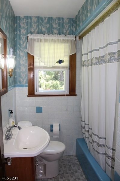 Additional photo for property listing at 50 State Route 94  Vernon, Нью-Джерси 07462 Соединенные Штаты