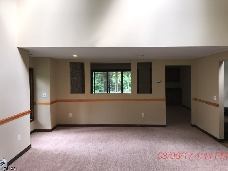Additional photo for property listing at 21 Lozier Road 21 Lozier Road Mount Olive, New Jersey 07828 Verenigde Staten