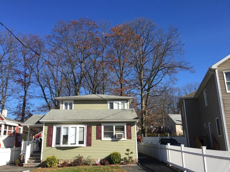 Casa Unifamiliar por un Alquiler en 203 Windsor Avenue Hopatcong, Nueva Jersey 07843 Estados Unidos