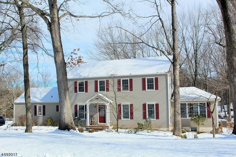 Maison unifamiliale pour l à louer à 18 Warwick Lane Bernards Township, New Jersey 07920 États-Unis