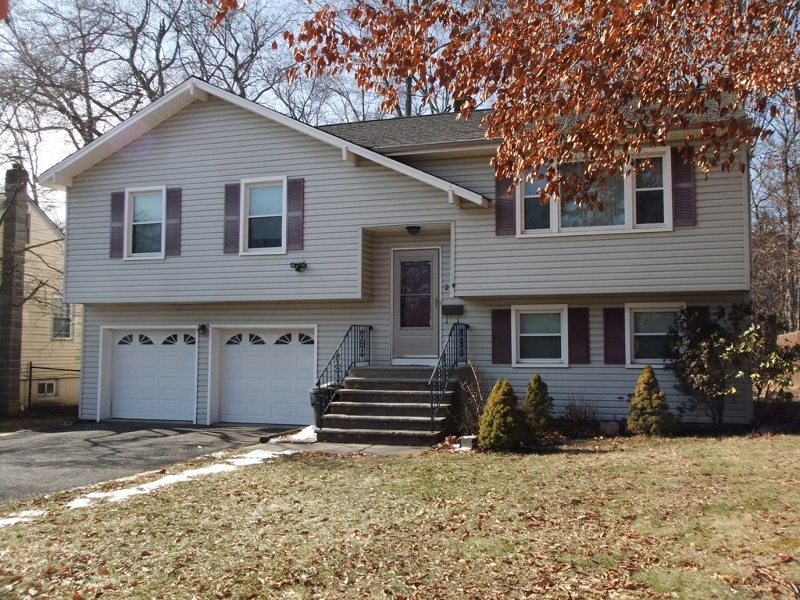 Single Family Home for Rent at 215 Longport Road Parsippany, New Jersey 07054 United States