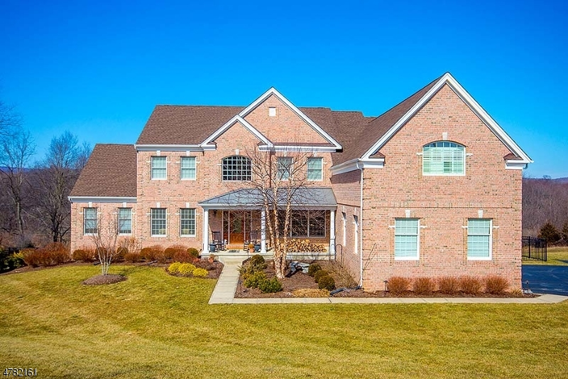 Single Family Home for Sale at 3 High Ridge Lane Frankford Township, New Jersey 07822 United States