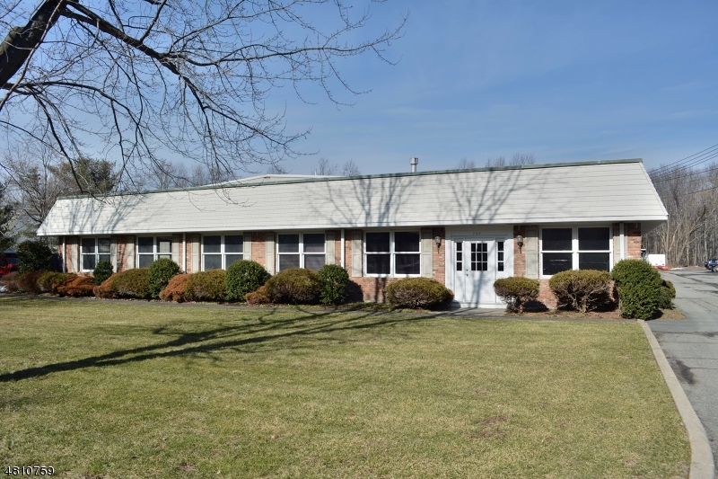 Commercial / Office for Sale at 795 SUSQUEHANNA AVE 795 SUSQUEHANNA AVE Franklin Lakes, New Jersey 07417 United States
