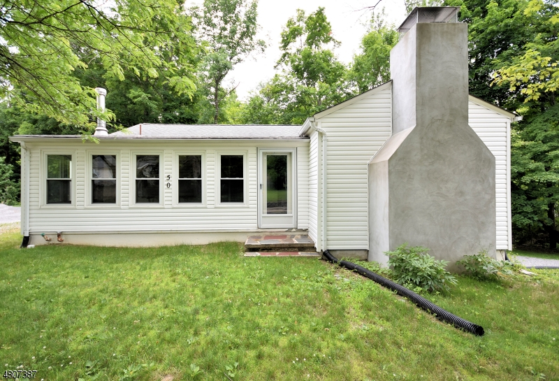 一戸建て のために 売買 アット 50 Broad Street Branchville, ニュージャージー 07826 アメリカ合衆国