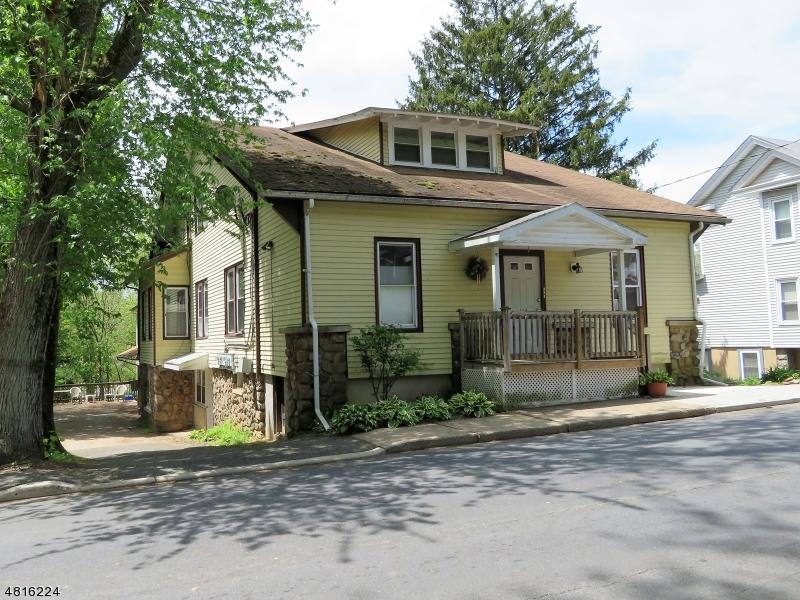 Çok Ailelik Ev için Satış at 108 Main Street Glen Gardner, New Jersey 08826 Amerika Birleşik Devletleri