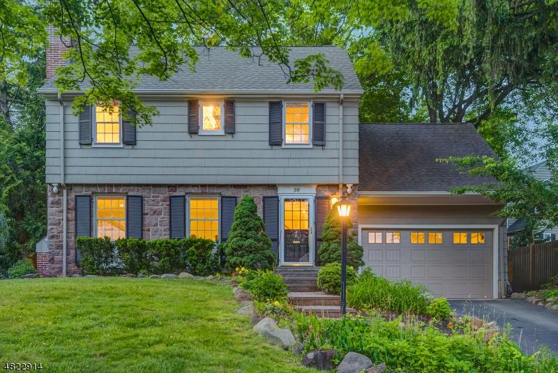 Casa Unifamiliar por un Alquiler en 29 HADDONFIELD Road Millburn, Nueva Jersey 07078 Estados Unidos