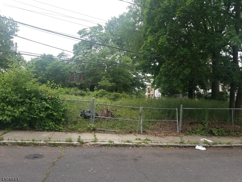 Land for Sale at 233 W RUNYON Street Newark, New Jersey 07108 United States