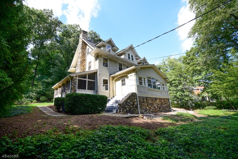 Single Family Home for Sale at 255 BLVD 255 BLVD Mountain Lakes, New Jersey 07046 United States