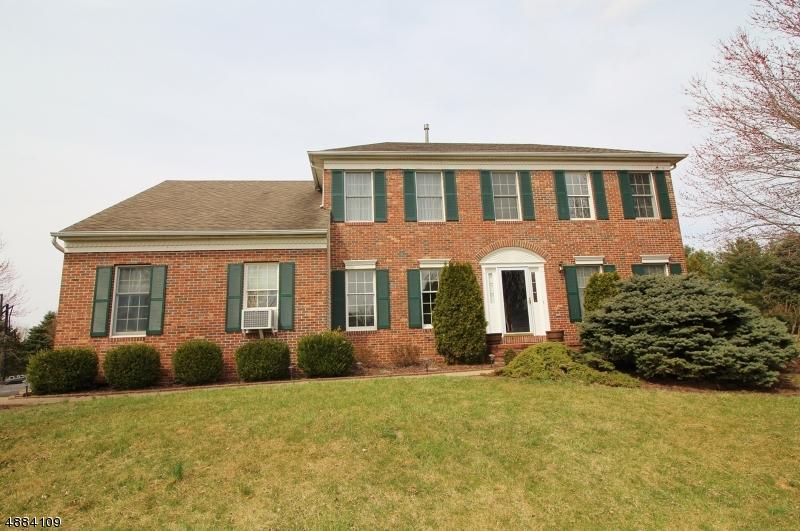 Villa per Vendita alle ore 1 KINNEY Circle Greenwich, New Jersey 08886 Stati Uniti