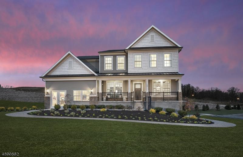 Maison unifamiliale pour l Vente à 48 HILLTOP Drive North Caldwell, New Jersey 07006 États-Unis