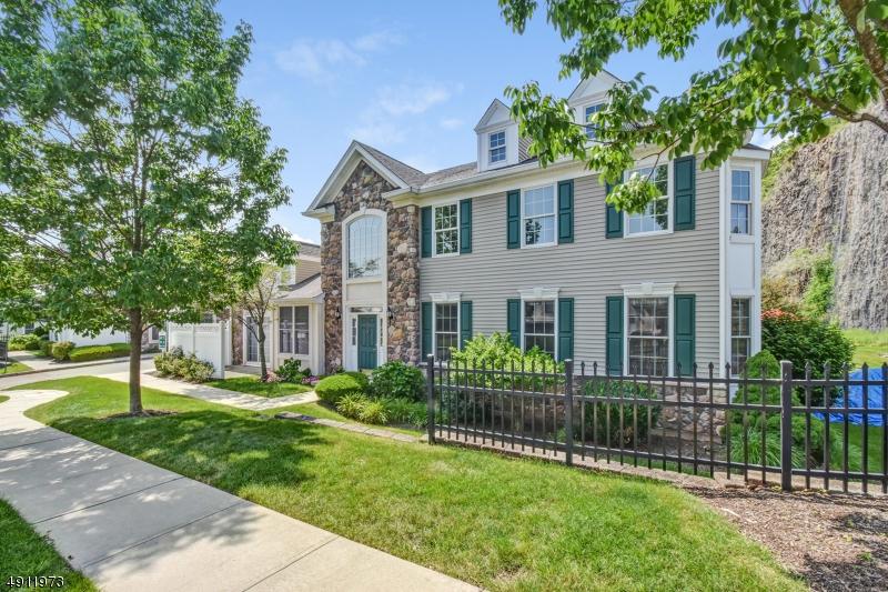 Eigentumswohnung / Stadthaus für Verkauf beim Woodland Park, New Jersey 07424 Vereinigte Staaten