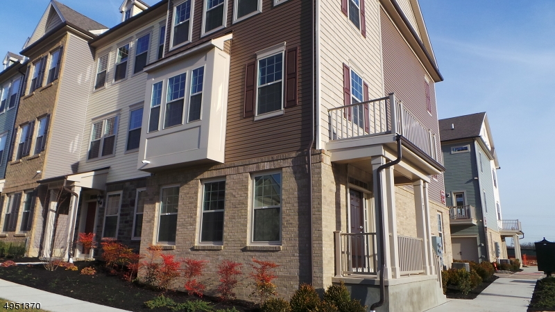 Condo / Townhouse for Rent at Livingston, New Jersey 07039 United States