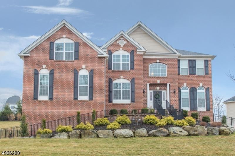 Single Family Homes للـ Sale في Mount Olive, New Jersey 07828 United States