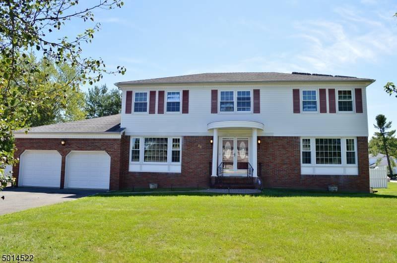 Single Family Homes voor Verkoop op East Hanover, New Jersey 07936 Verenigde Staten