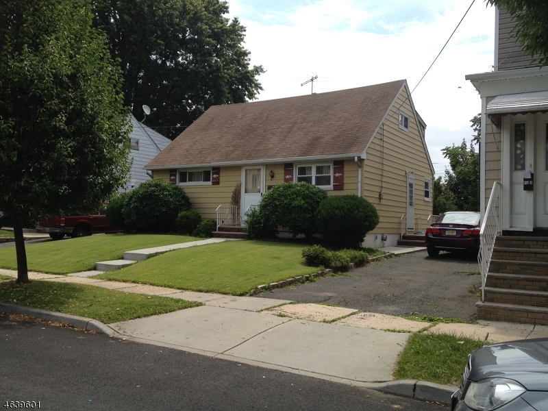 Additional photo for property listing at 27 W 19th Street  Linden, Nueva Jersey 07036 Estados Unidos