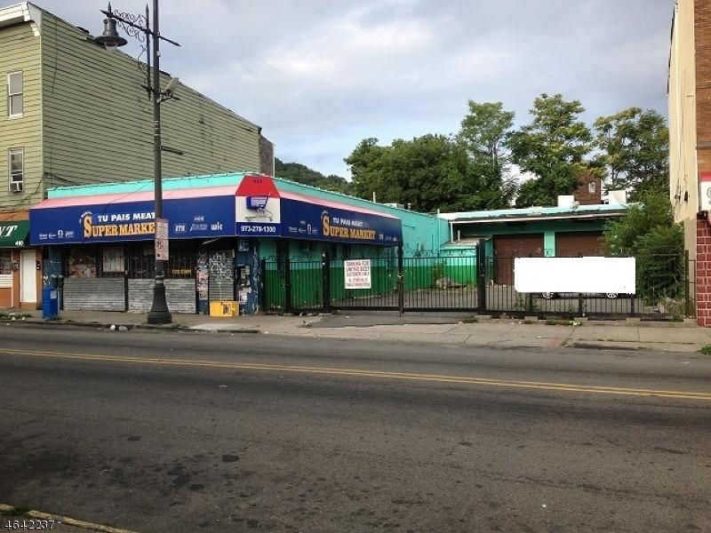 商用 为 销售 在 Address Not Available Paterson, 07505 美国