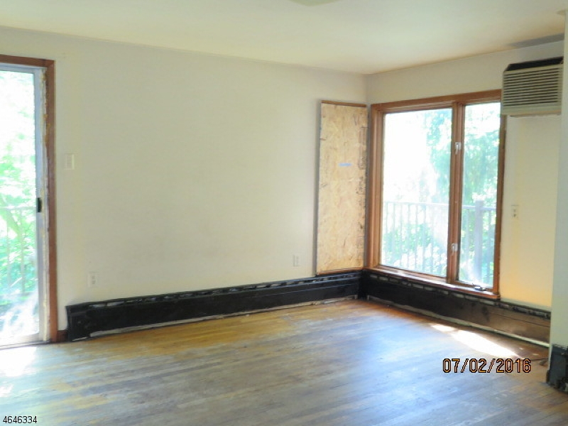 Additional photo for property listing at 189 Park Street  Franklin, 新泽西州 08873 美国