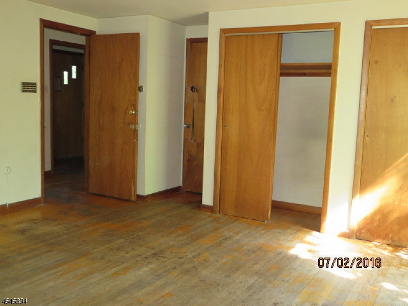 Additional photo for property listing at 189 Park Street  Somerset, New Jersey 08873 États-Unis