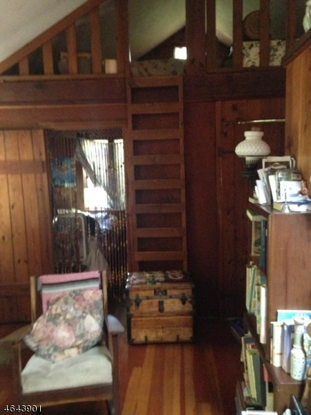 Additional photo for property listing at 1078 Lakeside Dr E  Highland Lakes, 新泽西州 07422 美国