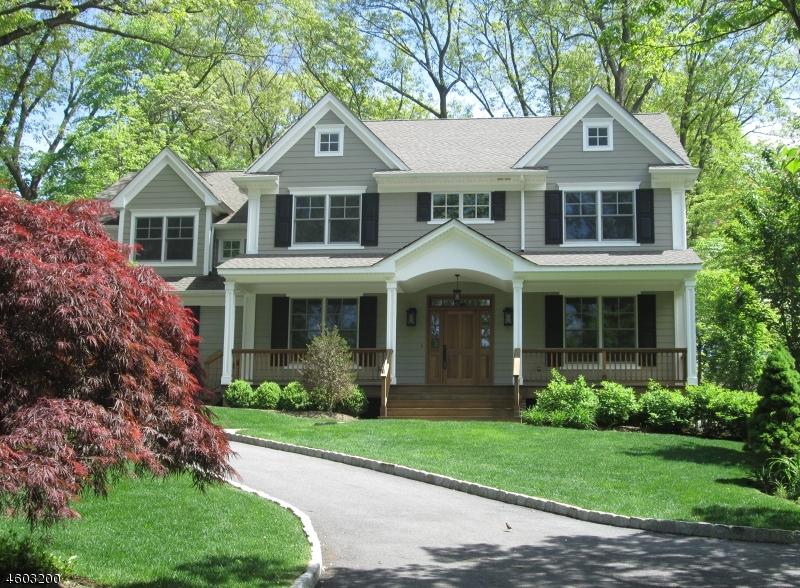 独户住宅 为 销售 在 45 School Avenue 查塔姆, 新泽西州 07928 美国